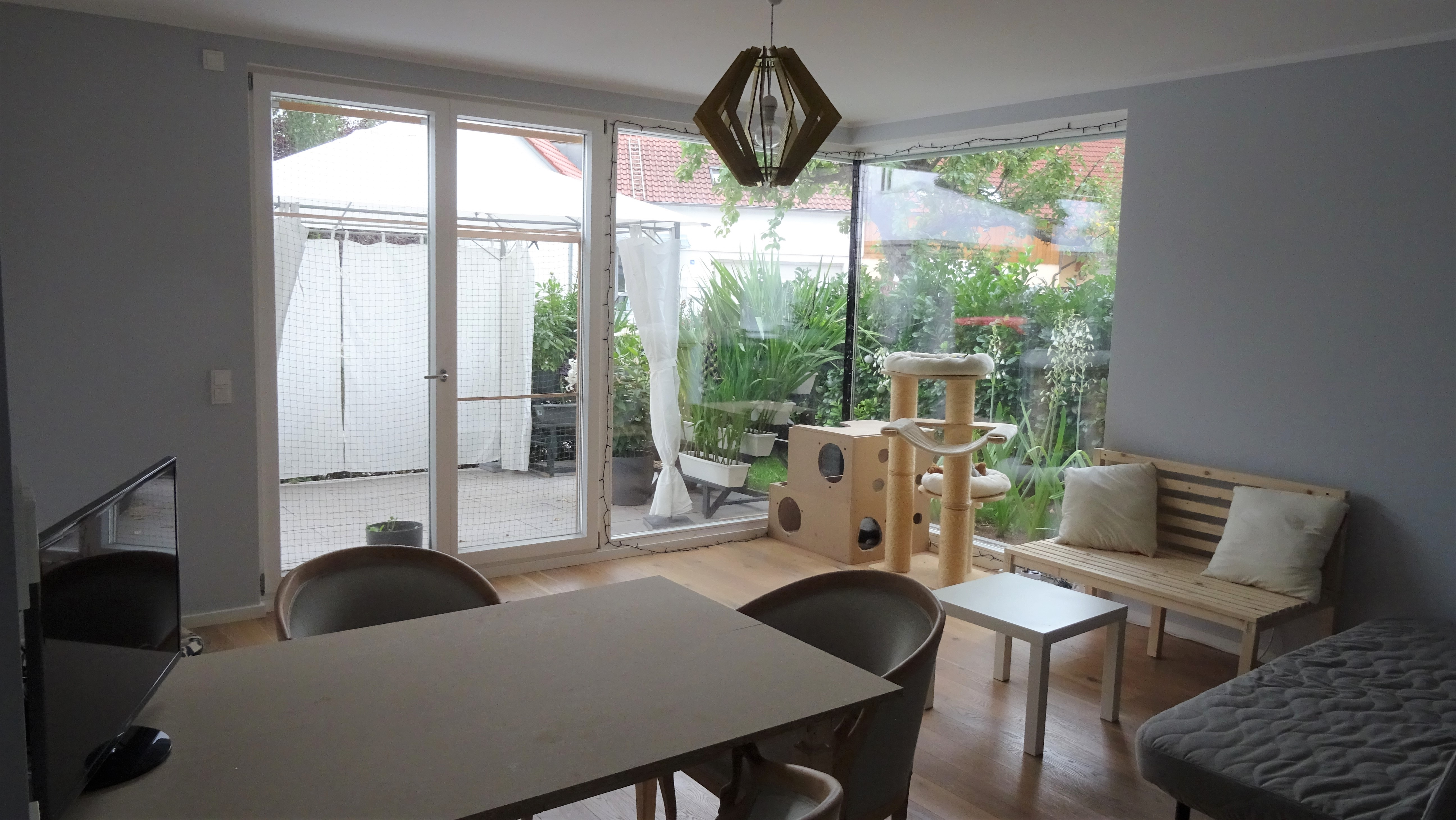 Schöne moderne 3-Zimmer-Wohnung mit Garten im Norden von ...